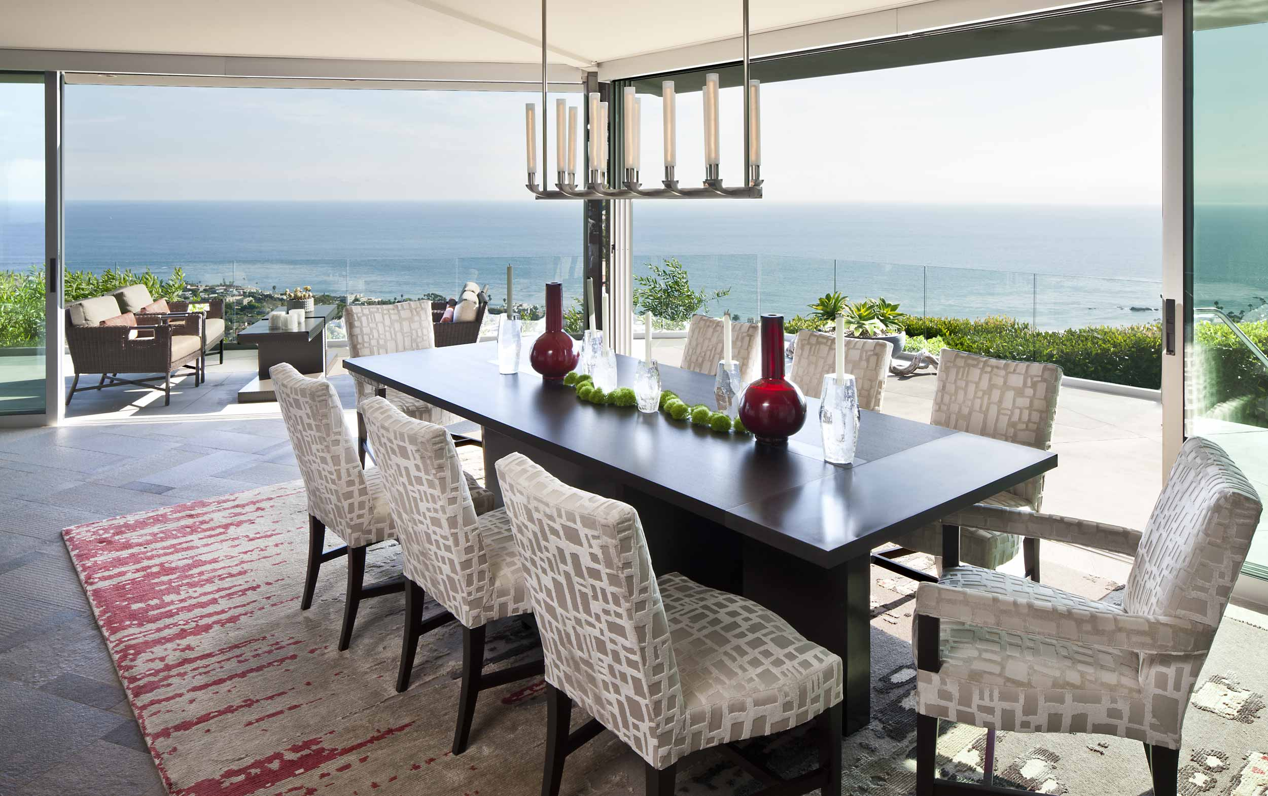 Dining room with spectacular ocean views